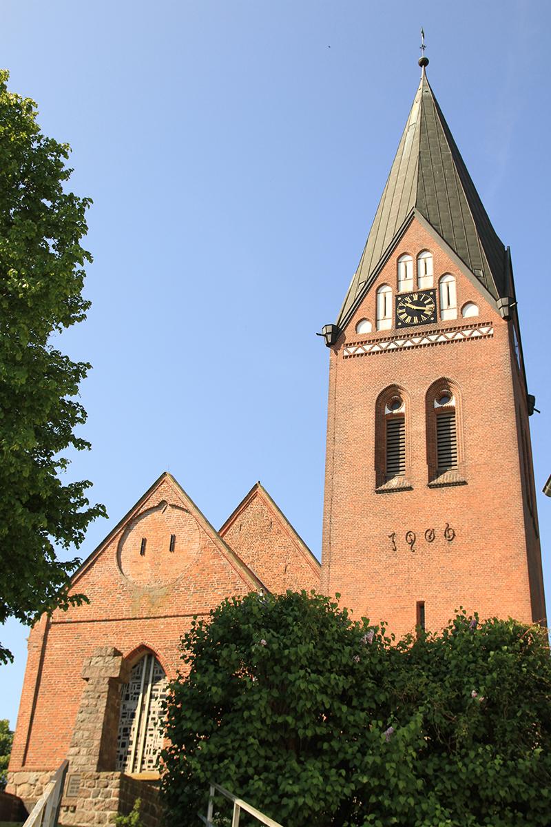 Die St.-Marien-KIrche in Sandesneben